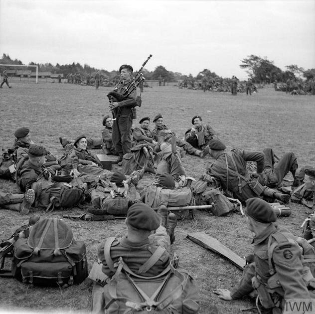 45 Royal Marine Commando Sword Beach Normandy
